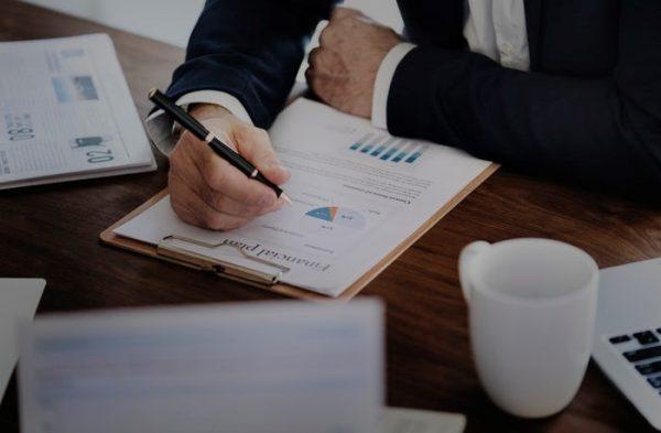 Menganalisis Investasi Waktu dan Biaya - Paper.id