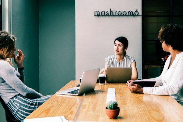 6 Cara Mengantarkan Startup Sukses Dimulai dari Membuat Invoice