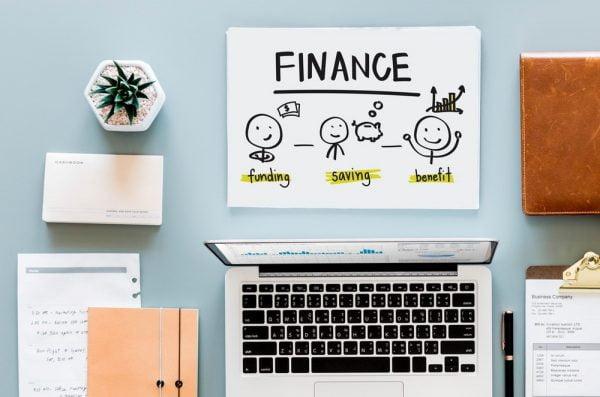 Keuangan Bisnis Sering Macet? Gunakan Akuntansi Gratis dari Paper.id