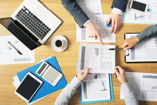 Laporan Keuangan Perusahaan Dagang - bastewartcpa
