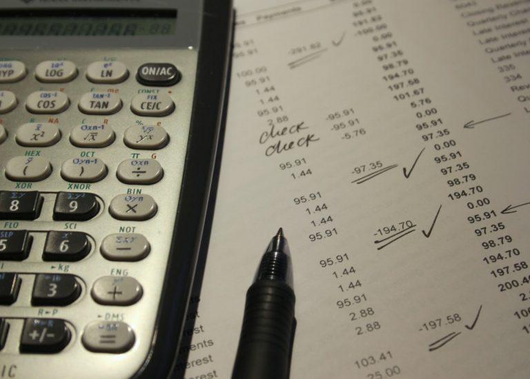 Perbedaan Invoice Penagihan Dengan Struk