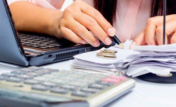 Membuat Invoice Penjualan - Paper.id