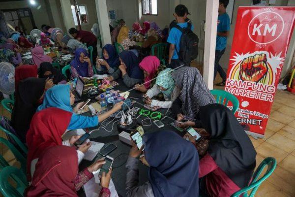 Melihat Kampung Bisnis Online yang Berdayakan Ratusan Remaja Desa