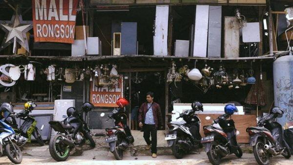 Bisnis UKM: Mall Rongsok - Tirto.id