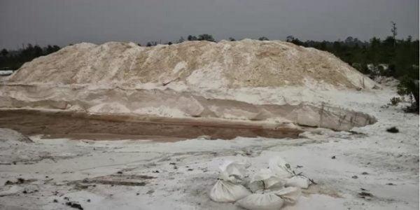 Pasir Kuarsa