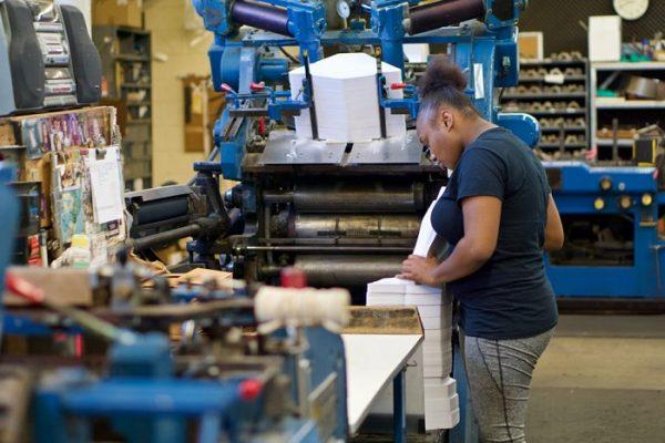 Bagaimana Cara Membuat Laporan Keuangan Perusahaan Manufaktur?