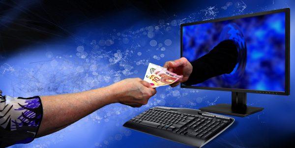 Tunai vs Pembayaran Digital: Metode Apa yang Lebih Menguntungkan?