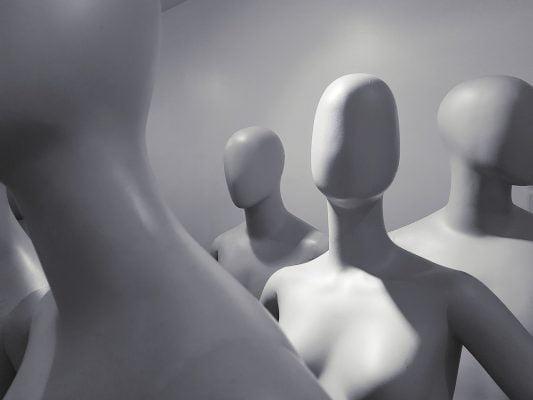 Raih Untung Dengan Mencontek, Strategi Bisnis Yang Sering Dilakukan Perusahaan Besar