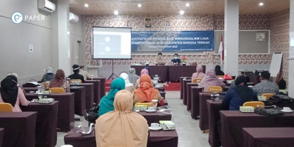 Presentasi Paper.id oleh Puci Nuha Ramadhani, Head of Customer Service Paper.id