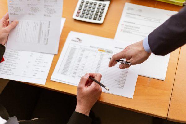 Arti Piutang dan Jenisnya Dalam Bisnis